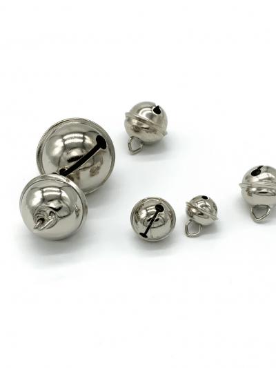 Zilveren belletjes metaal